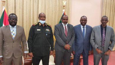 صورة السودان: طي صفحة الخلاف بين «البرهان» ولجنة «إزالة التمكين»