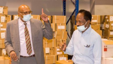 صورة السودان: تعهد حكومي بحل مشاكل الدواء وسداد المديونيات