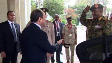 صورة الرئيس المصري يزور الخرطوم للمرة الأولى عقب الثورة