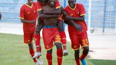 صورة أحداث قد لا تقع إلا في الدوري السوداني لكرة القدم