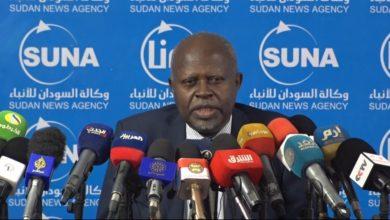 صورة وزير الطاقة: 55 بالمئة عجز الكهرباء في السودان