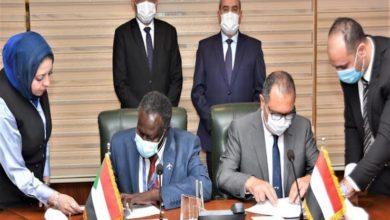 صورة مذكرة تفاهم بين الخطوط الجوية السودانية ومصر للطيران