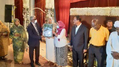 صورة (الجزيرة) تحتفل بكاتبة سودانية فازت بجائزة دولية مرموقة