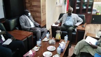صورة وزير الري بجنوب السودان يبدي رأيه بشأن أزمة سد النهضة