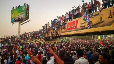 صورة تجمع المهنيين يدعو لإقالة (عسكري السيادي) ويحملهم مسؤولية فض الاعتصام