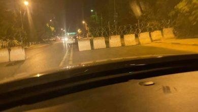 صورة إغلاق محيط قيادة الجيش الرئيسة بالخرطوم