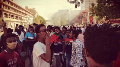 صورة (لجان مقاومة) تعلن اعتزامها إغلاق جسر رئيس بالعاصمة السودانية