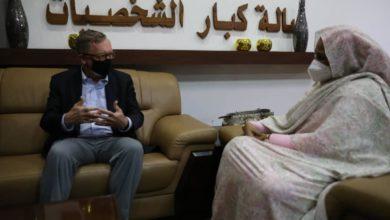 صورة مسؤول أمريكي رفيع يصل الخرطوم لبحث الخلافات بين السودان وإثيوبيا