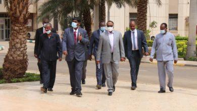 صورة وزير  سوداني يكشف عن خطوات لـ(شرعنة) العلاقة مع منظومة الصناعات الدفاعية